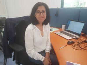 Rosario, responsable Siham, concentrée